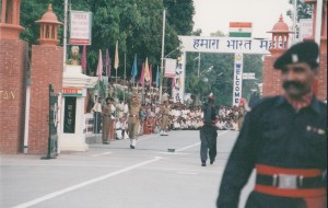 Indian & Pakistani soldiers at the Wagah border crossing, 1998