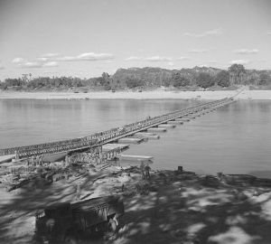 A Bailey bridge over the Chindwin River near Kalewa, 1944 (Wkimedia Commons)