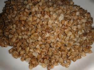 Roasted buckwheat or 'kasha' (Wikimedia Commons)